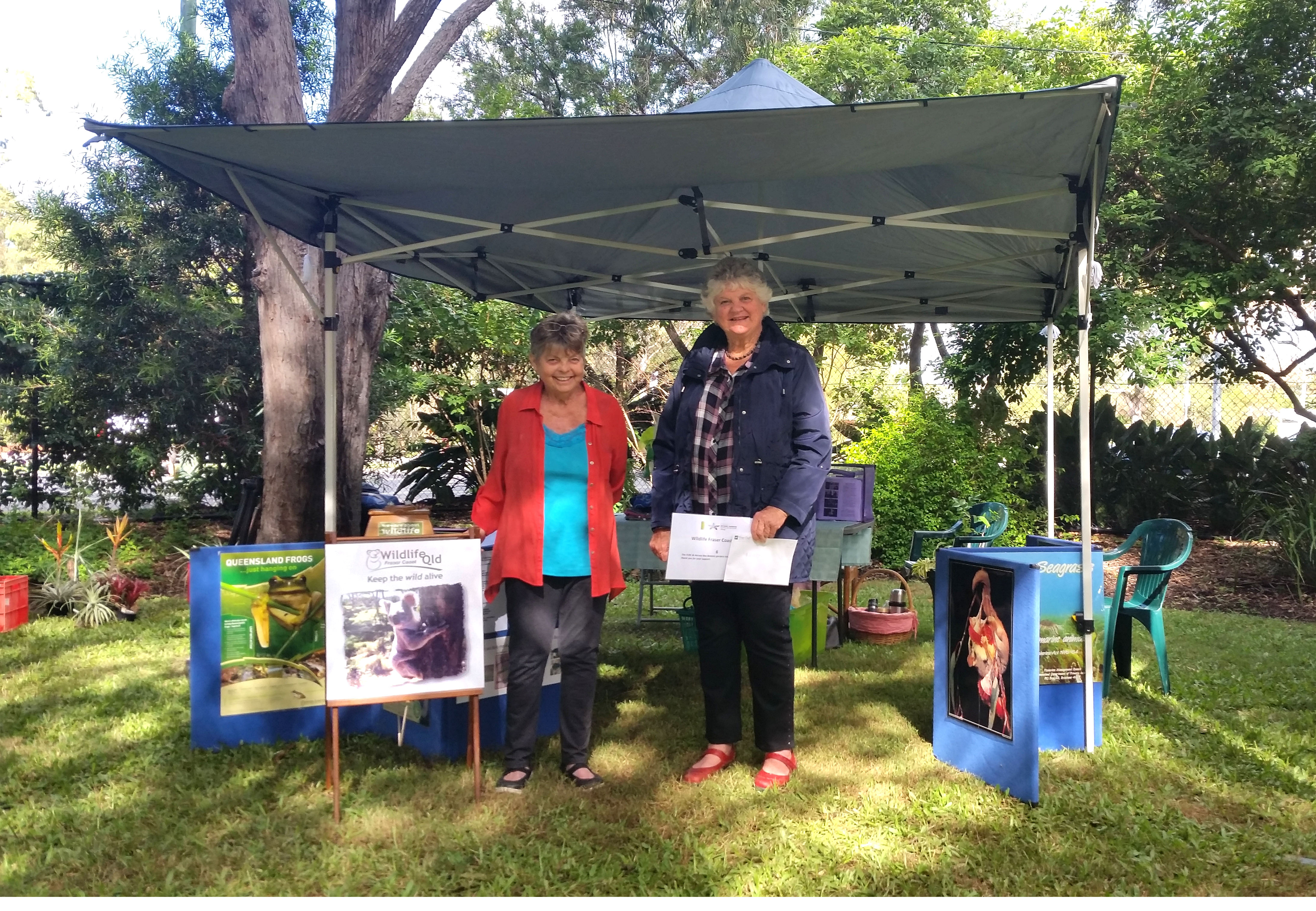 Member Diane Chistensen and President Audrey Sorensen with the Botanic Gardens Open Day stall in May.